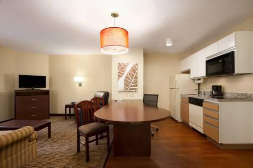 Hawthorn Suites By Wyndham Greensboro, NC 27409 near Piedmont Triad International Airport View Point 12