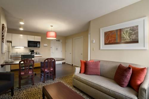 Hawthorn Suites By Wyndham Greensboro, NC 27409 near Piedmont Triad International Airport View Point 9