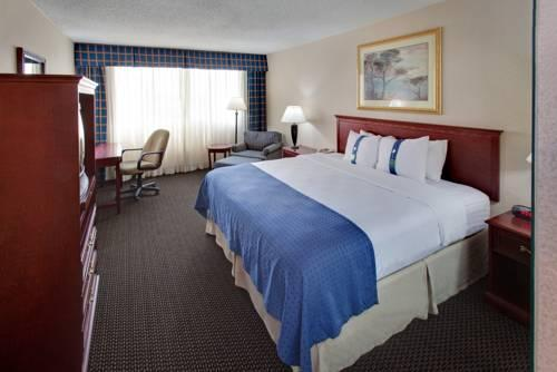Holiday Inn Des Moines Downtown, IA 50314 near Des Moines International Airport View Point 13