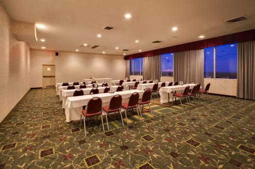 Holiday Inn Des Moines Downtown, IA 50314 near Des Moines International Airport View Point 12
