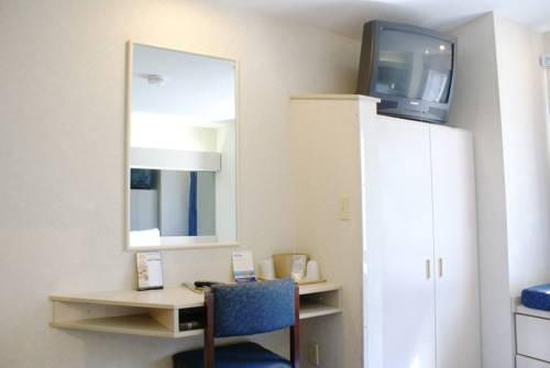Microtel Inn & Suites By Wyndham Philadelphia Airport, Pa 19013 near Philadelphia International Airport View Point 11