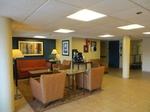 Motel 6 Elk Grove Village - O'Hare, IL 60007 near Ohare International Airport View Point 8