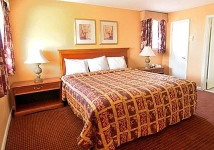 Parkway Inn Springfield, PA 19064 near Philadelphia International Airport View Point 7
