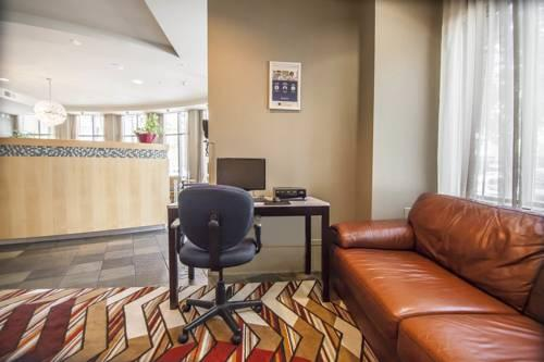 Quality Hotel Airport South, BC V6X 1A1 near Vancouver International Airport View Point 12