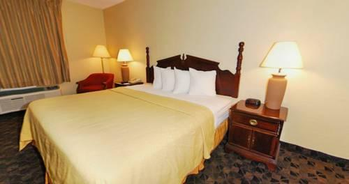 Quality Inn Airport, MO 63134 near Lambert-saint Louis International Airport View Point 17