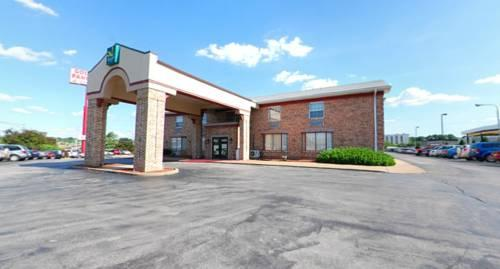 Quality Inn Airport, MO 63134 near Lambert-saint Louis International Airport View Point 13