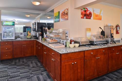 Quality Inn Hotel Kent - Seattle, WA 98032 near Seattle-tacoma International Airport View Point 5