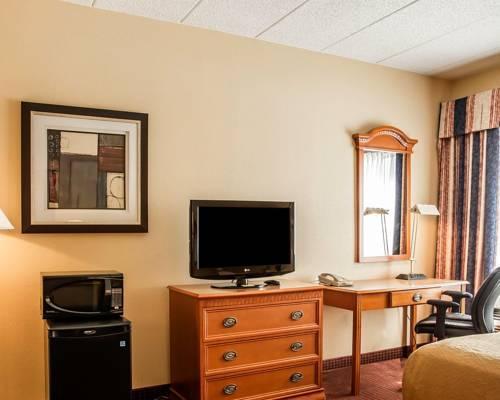 Quality Inn & Suites Erlanger, KY 41018 near Cincinnati/northern Kentucky International Airport View Point 8