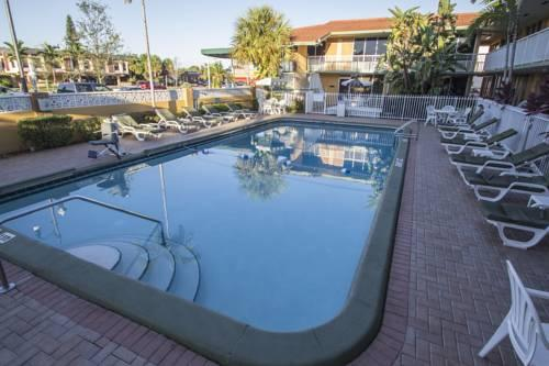 Quality Inn & Suites Hollywood Blvd, FL 33021 near Fort Lauderdale-hollywood International Airport View Point 11