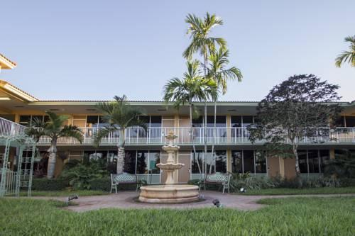 Quality Inn & Suites Hollywood Blvd, FL 33021 near Fort Lauderdale-hollywood International Airport View Point 10