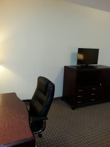 Quality Inn & Suites, TX 77037 near George Bush Intercontinental Airport View Point 16