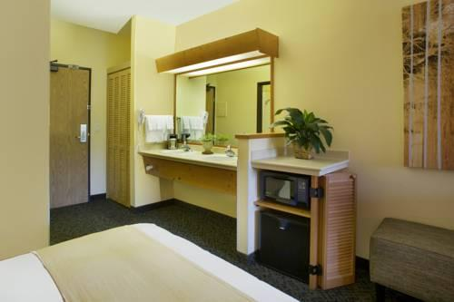 Radisson Hotel Portland Airport, OR 97218 near Portland International Airport View Point 20