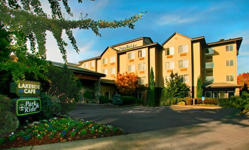 Radisson Hotel Portland Airport, OR 97218 near Portland International Airport View Point 18