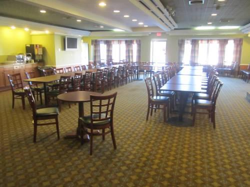 Ramada Allentown/Whitehall, PA 18052 near Lehigh Valley International Airport View Point 14