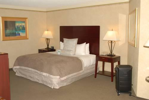 Ramada Plaza Atlanta Airport, GA 30349 near Hartsfield-jackson Atlanta International Airport View Point 17