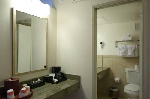 Ramada Sacramento, CA 95821 near Sacramento International Airport View Point 14