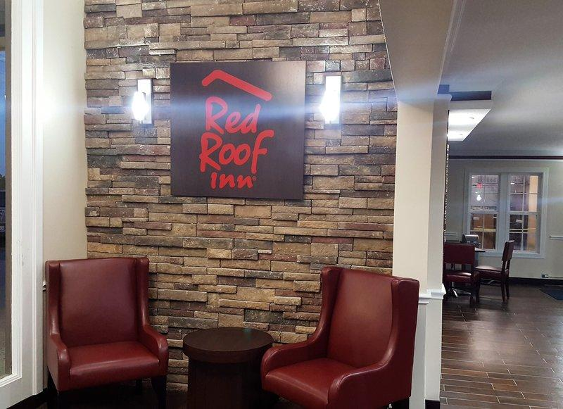 Red Roof Inn Tulsa Airport, OK 74115 near Tulsa International Airport View Point 11