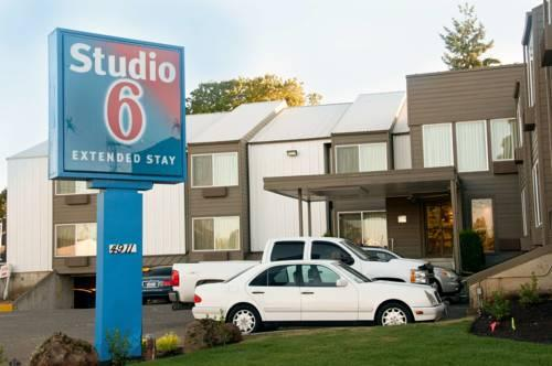 Studio 6 Portland OR, OR 97220 near Portland International Airport View Point 8
