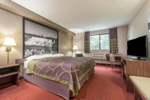 Super 8 by Wyndham- Niagara Falls, NY 14304 near Niagara Falls International Airport View Point 22