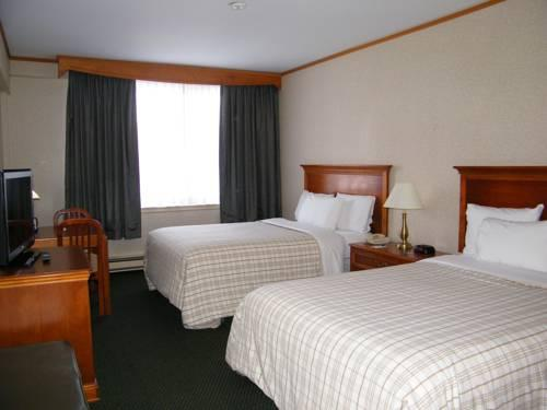 Travelodge Hotel Montreal Airport, Quebec H4T 1E7 near Montreal-Pierre Elliott Trudeau Int. Airport View Point 14