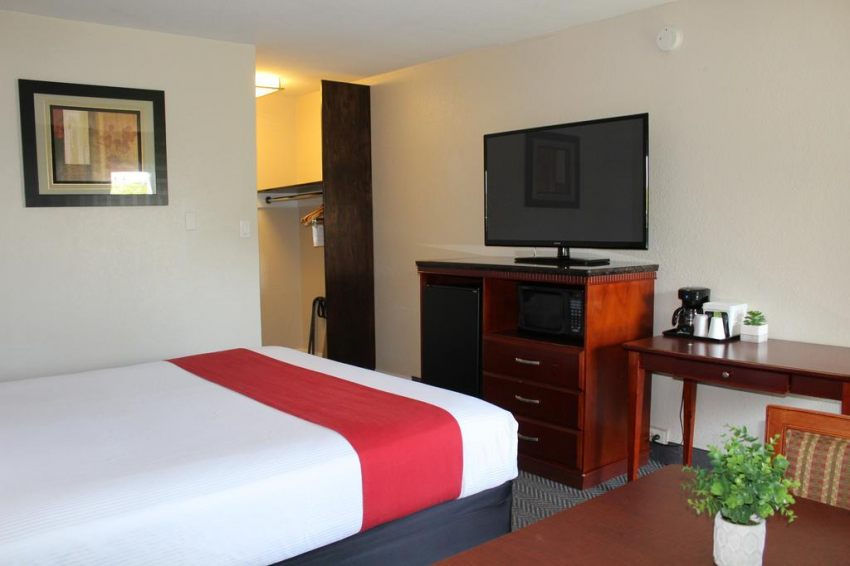 Hotel V - South San Francisco/SFO, CA 94080  near San Francisco International Airport View Point 13