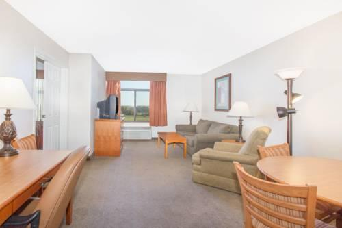 Wingate By Wyndham Bentonville Ar, AR 72712 near Bentonville - Fayetteville Airport Arkansas View Point 10