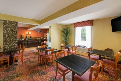 Baymont Inn And Suites Charlotte-Airport, NC 28208 near Charlotte/douglas International Airport View Point 15