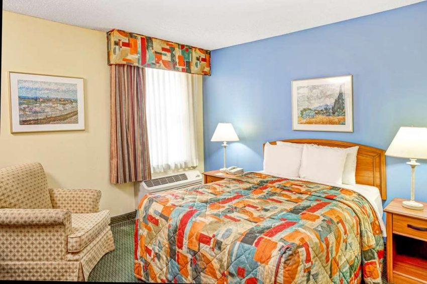 Days Inn Airport/Rtp, NC 27560 near Raleigh-durham International Airport View Point 12