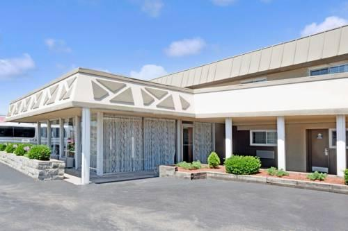 Days Inn Elk Grove Village/Chicago/Ohare Airport West, IL 60007 near Ohare International Airport View Point 18