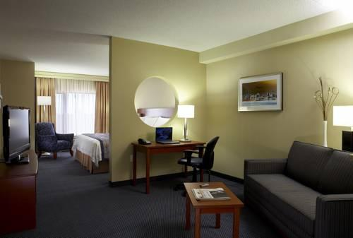 Fairfield Inn & Suites Montreal Airport, QC H9P1C5 near Montreal-Pierre Elliott Trudeau Int. Airport View Point 15