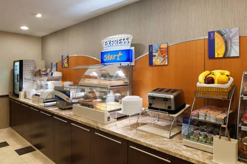 Holiday Inn Express Philadelphia Airport, PA 19113 near Philadelphia International Airport View Point 10