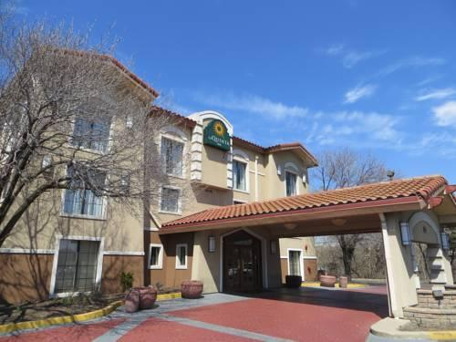 La Quinta Inn Chicago O'Hare Airport, IL 60007 near Ohare International Airport View Point 15