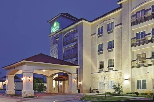 La Quinta Inn & Suites DFW Airport West - Euless, TX 76040 near Dallas-fort Worth International Airport View Point 16