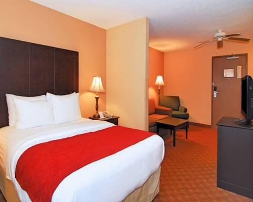 Quality Suites I-240 East-Airport, Tn 38118 near Memphis International Airport View Point 9
