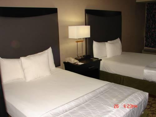 Ramada Charlotte Hotel And Conference Center, NC 28217 near Charlotte/douglas International Airport View Point 11