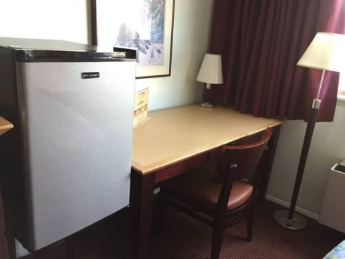 Seatac Crest Motor Inn, WA 98188 near Seattle-tacoma International Airport View Point 15