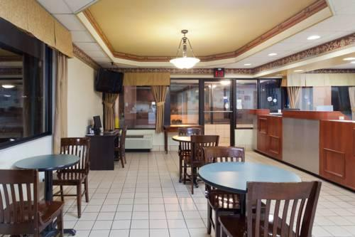 Super 8 Knoxville/West, TN  37932- near Mcghee Tyson Airport View Point 15