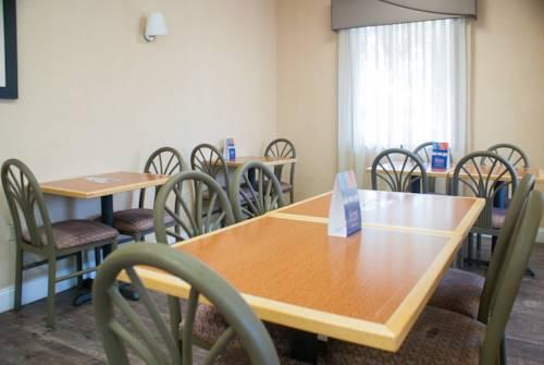 Travelodge Inn & Suites Jacksonville Airport, FL 32218 near Jacksonville International Airport View Point 15