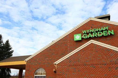 Wyndham Garden Grand Rapids Airport, MI 49512` near Gerald R. Ford International Airport View Point 18