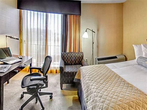 Wyndham Garden Hotel   Newark Airport, NJ 07114 Near Newark Liberty  International Airport View Point