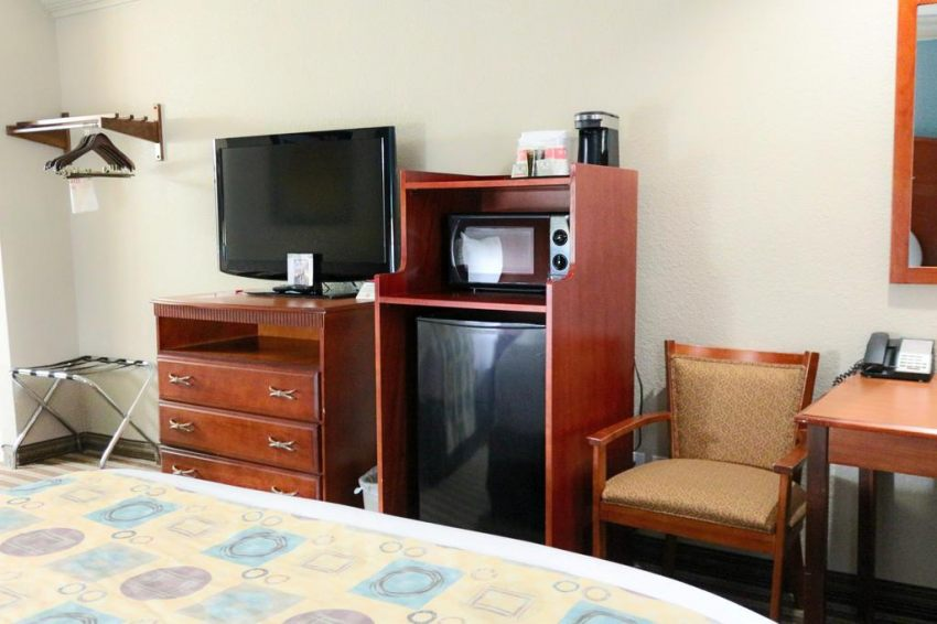Ramada Houston Intercontinental Airport South, Texas 77032  near George Bush Intercontinental Airport View Point 21