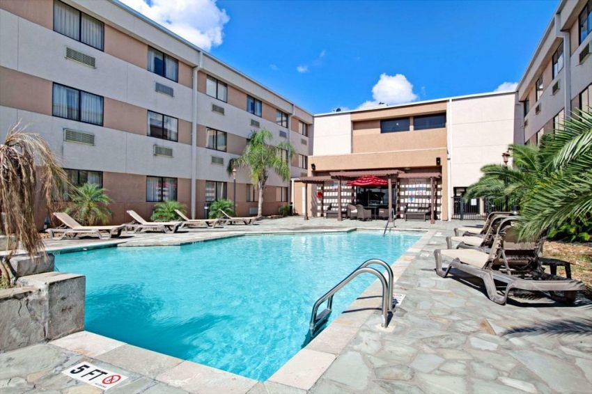 Ramada Houston Intercontinental Airport South, Texas 77032  near George Bush Intercontinental Airport View Point 3