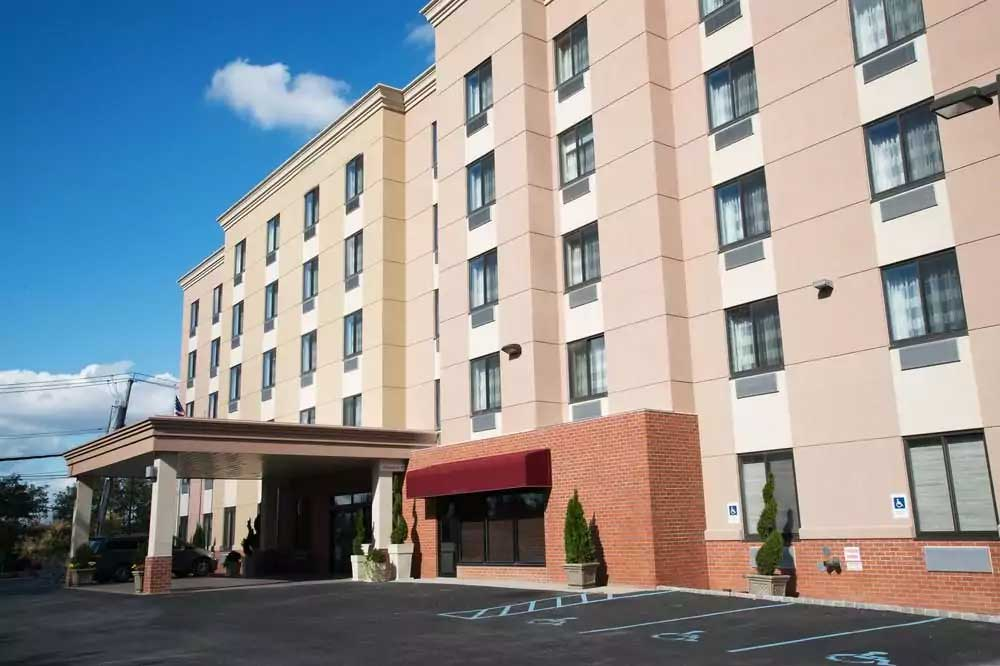 Staten Island New York Hotel , NY 10314 near Cape Liberty Cruise Port View Point 7