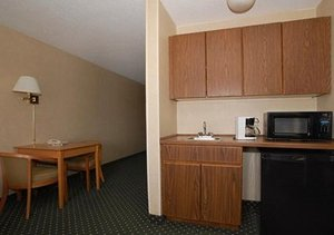 Quality Inn & Suites, IA 50321 near Des Moines International Airport View Point 10