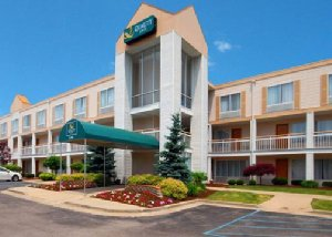 Quality Inn Airport Holland, OH 43528