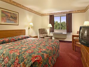 Super 8 Motel - Akron/Green/Canton Area, OH 44685 near Akron-canton Regional Airport View Point 8