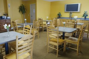 Super 8 formerly Americas Best Value Inn Gulfport, MS 39503 near Gulfport-biloxi International Airport View Point 4