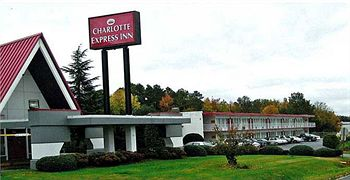 Front view of Charlotte Express Inn, NC 28208