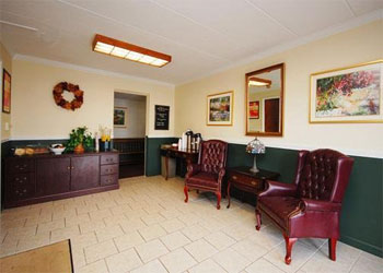 Econo Lodge Inn & Suites, CT 06096 near Bradley International Airport View Point 4