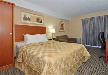 Comfort Inn Airport West, ON L4W3Z4 near Toronto Pearson International Airport View Point 5